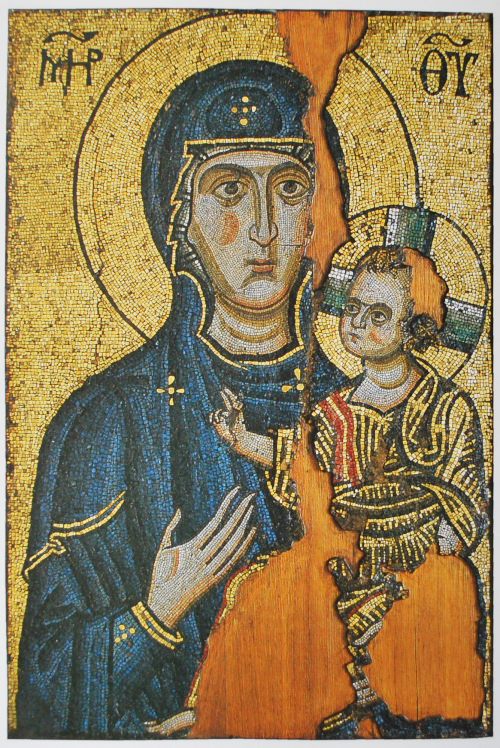 Богородица Одигитрия.  Мозаическая икона. Начало 12 в. Монастырь Хилиндар, Афон.